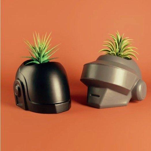 来 3D 打印一对 Daft Punk 植物盆栽吧