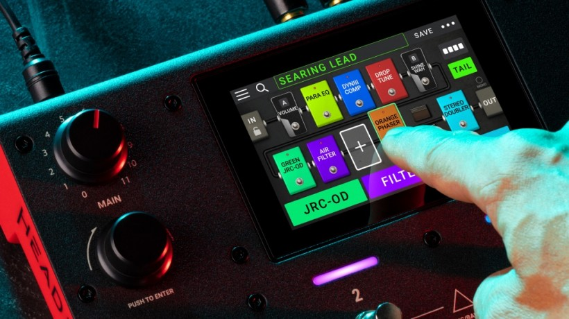 Headrush 4 英寸彩色触屏的模拟综合踏板 MX5